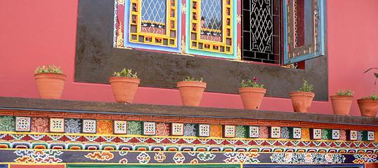 Shechen Monastery wall